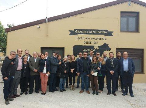 Visita fábrica y granja Leche Pascual
